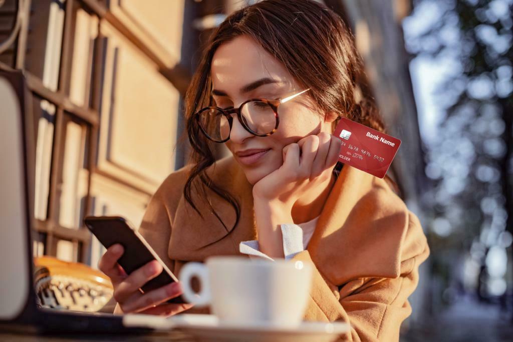 diferencias linea y tarjeta de credito