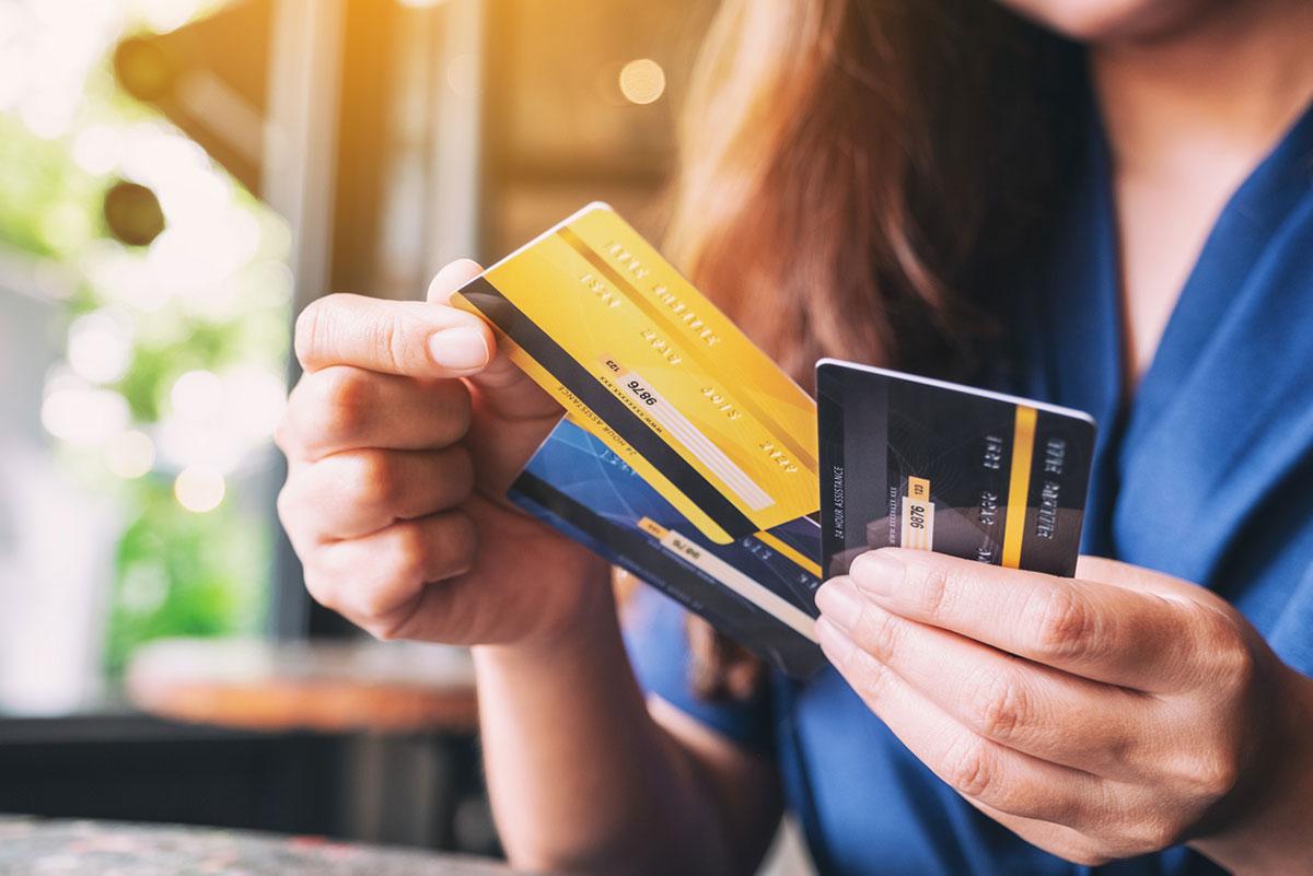Luottoyhtiöt | Visa ja MasterCard